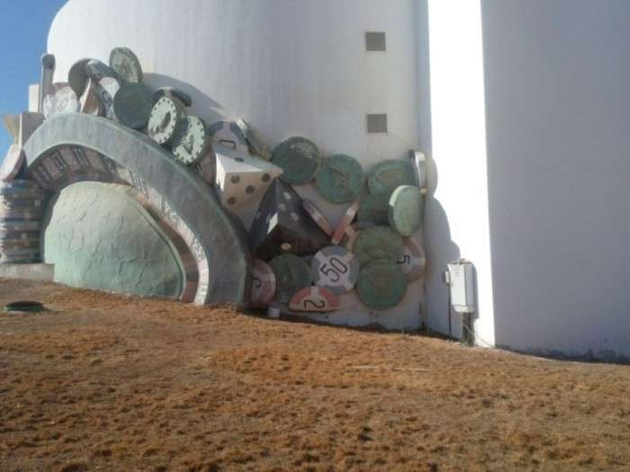 Прогулянка по занедбаного пятизіркового готелю в Єгипті (44 фото)