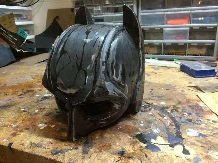 Саморобний костюм Бетмена, в якому не страшно вплутатися в бійку (14 фото)