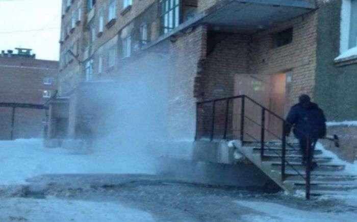 Чиновники Дудінки намагаються приховати те, що в місті немає тепла (14 фото + відео)