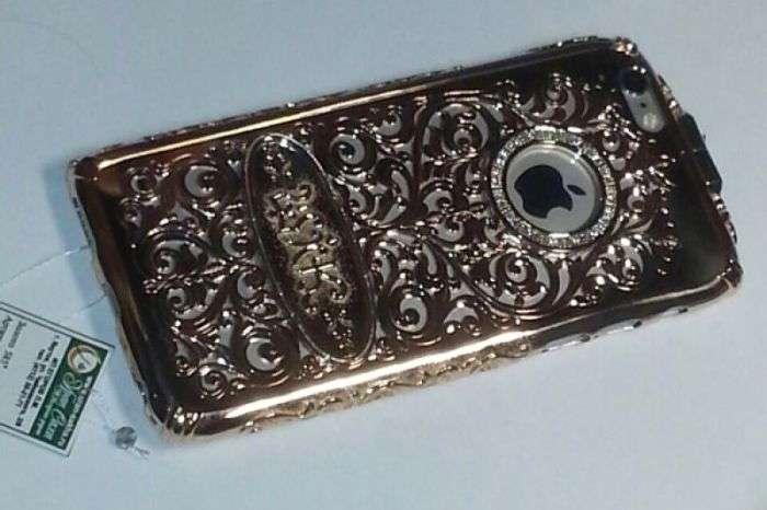 Чиновник з Якутії подарував дружині чохол для iPhone 6 за 550 000 рублів (3 фото)