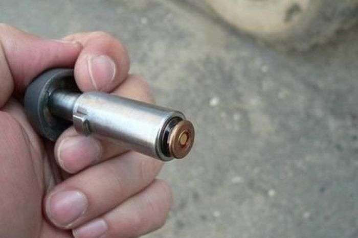 Вогнепальний ніж радянської розвідки (9 фото)
