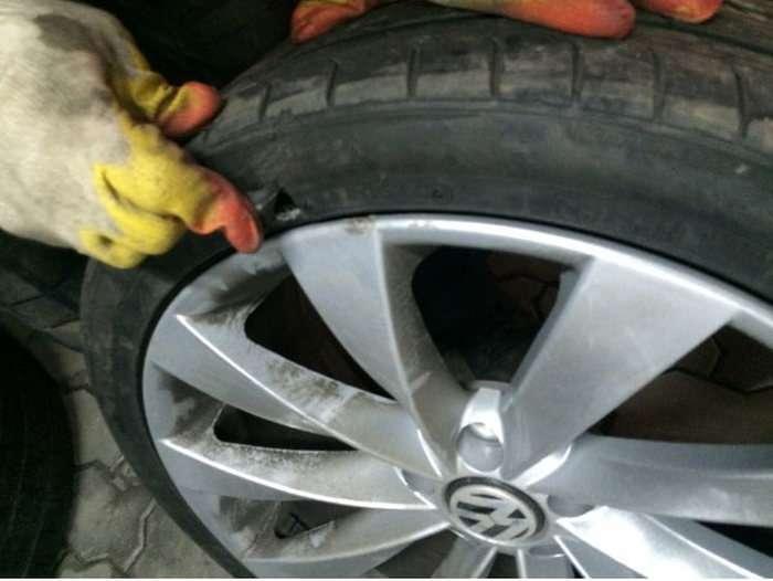 Як водій матеріальний збиток з дорожників стягнув (10 фото)