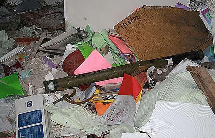 У Чернігівській області затримали чоловіка, який приніс у школу гранатомет (7 фото)