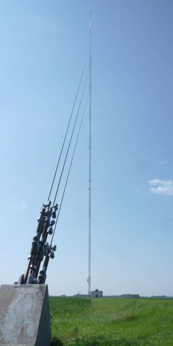 Телерадиомачта, яка двічі ставала найвищою будівлею у світі (9 фото)