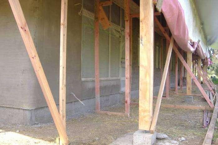 Сучасний соломяний будинок (37 фото)