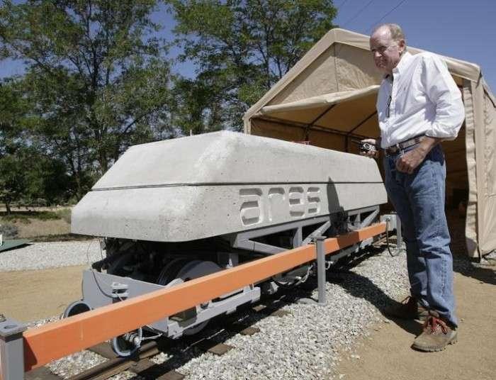 Незвичайні вагони допомагають використовувати на благо людини енергію сонця і вітру (5 фото)