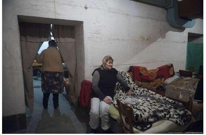 Нелегке життя жителів Донецька. Частина 2 (43 фото)