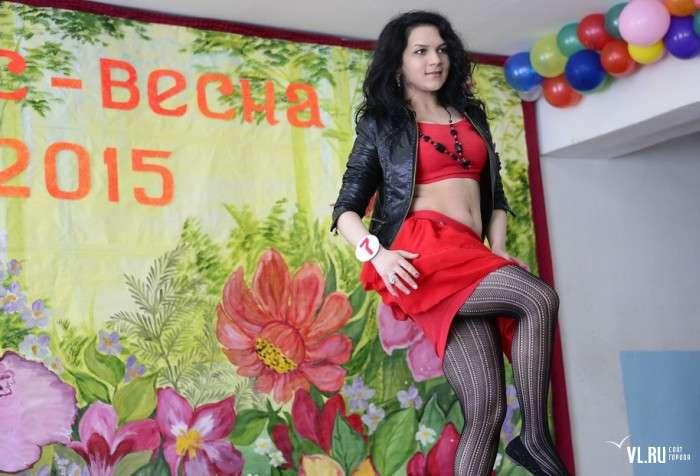 У жіночій колонії Приморського краю обрали «Міс Весну – 2015» (32 фото)