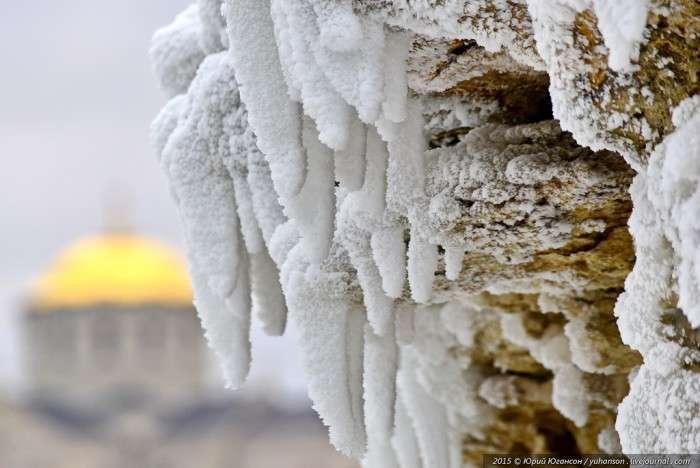 Лід скував Херсонес (24 фото)