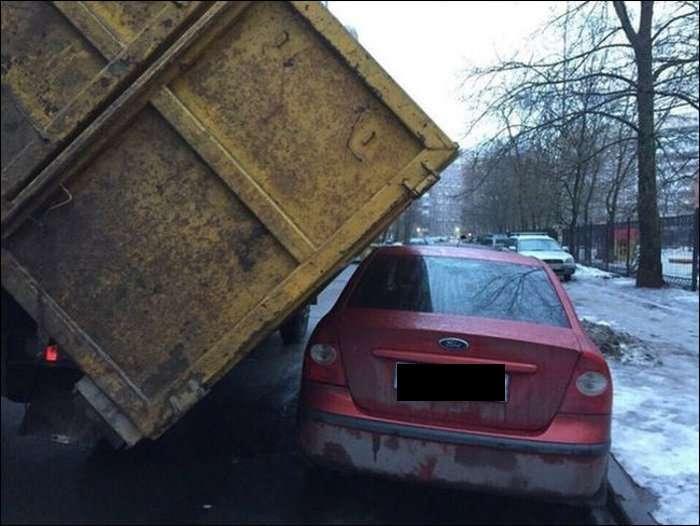 Неймовірно везучий водій (3 фото)