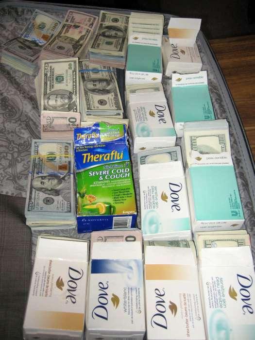 В аеропорту Нью-Йорка затриманий чоловік з готівкою на суму понад 770 тисяч доларів (5 фото)