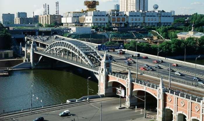 Як у Москві переміщали Андріївський міст (8 фото)