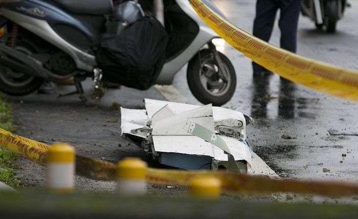 У Тайвані впав літак компанії TransAsia (відео + 11 фото)
