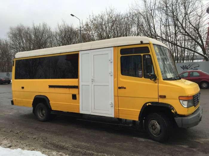 Що буде, якщо обєднати російську кмітливість і мікроавтобус Mercedes-Benz (4 фото)