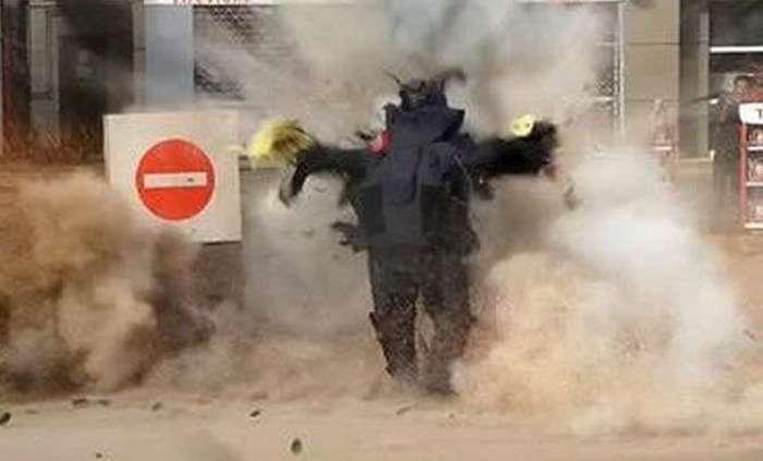 Небезпечна робота ізраїльських саперів (4 фото)