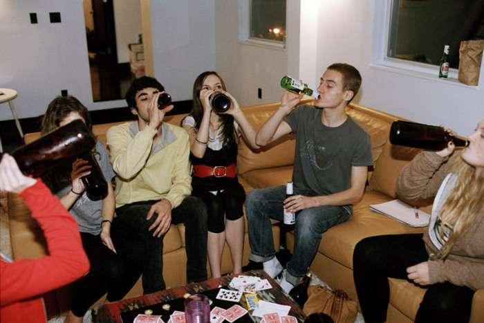 Дорослі розваги американських випускників шкіл (35 фото)