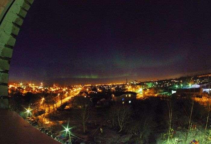 Жителі деяких міст центральної частини Росії стали свідками північного сяйва (19 фото)