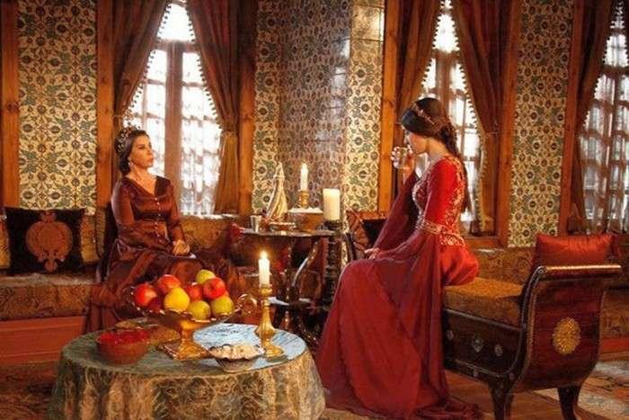 Як жили наложниці у султанських гаремах (9 фото)