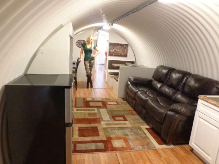 Підземний бункер у дворі власного будинку (29 фото)