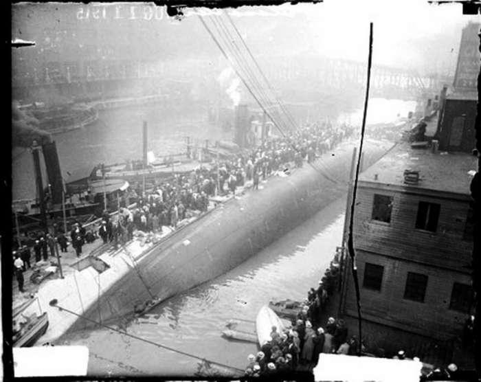 Маловідома трагедія пароплава «Истлэнд» (11 фото)