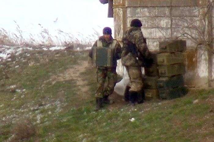 Українські військові провели мінування мостів на кордоні з Кримом (5 фото + відео)